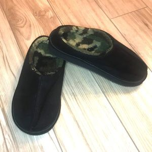 Other - Boys Camo Slippers
